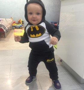 Утеплённый спортивный костюм Бэтман, 80р