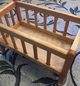 Кроватка кукольная, кукла и коляска