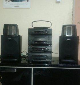 Музыкальный центр MHC-S90C и колонки sony SA-S900