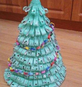 Поделка новогодняя Ёлка с герляндой