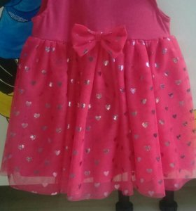 Платье обсолютно новое