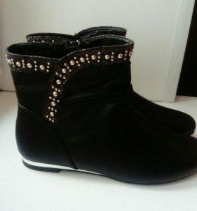 Ботинки,полусапоги  новые