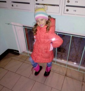 Пальто на девочку 104