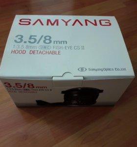 Объектив Samyang 3.5/8 mm