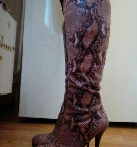 Сапоги новые из натуральной кожи