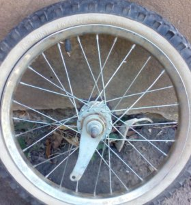 Колесо в сборе на велосипед