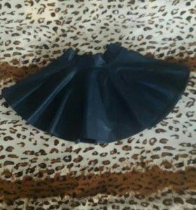 Кожаная синяя юбка