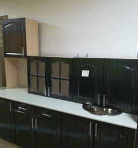 Кухня с пеналом 2.1 м