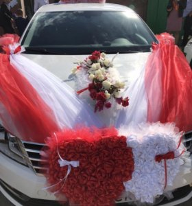 Свадебные украшения на машину.