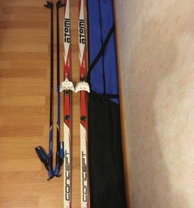 Лыжный комплект (лыжи с креплениями, палки, чехол)