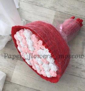 Букет 37 роз из гофрированной бумаги