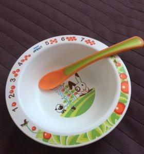 Тарелка и ложка для малыша
