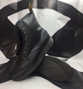 Ботинки Dr. Martens Whiton Black