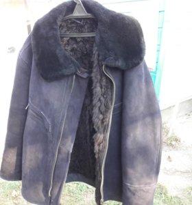 Мужская зимняя куртка 56 размера.