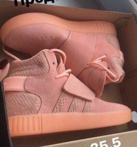 Кроссовки новые, adidas
