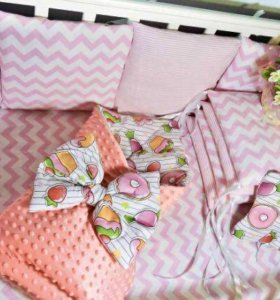 Наборы бортики в детскую кроватку
