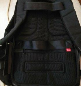 Рюкзак с защитой от краж.