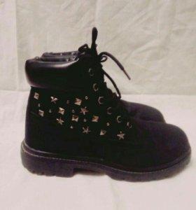 Ботинки новые женские Marmalato 39 р-р