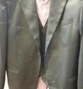 Мужской костюм тройка + рубашка