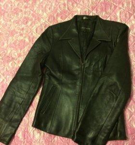 Куртка кожаная женская осень-весна чёрная