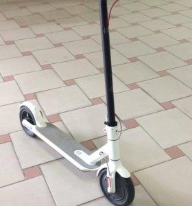 Электро самокат XIAOMI