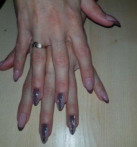 Наращивание ногтей, покрытие гель лаком.