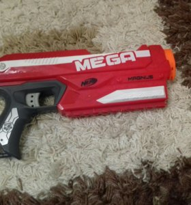 Большой Пистолет Nerf Mega Blaster