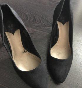 Туфли H&M чёрные