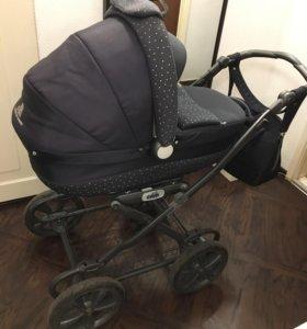 Коляска для новорожденных Cam от 0 до 6-7 месяцев