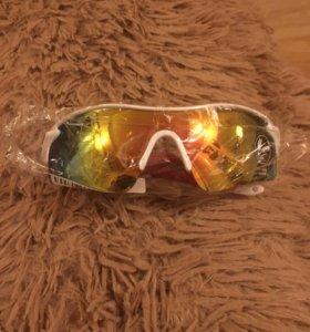 Спортивные очки от солнца новые