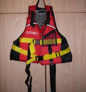 Спасательный жилет, размер от XS до M, новый.