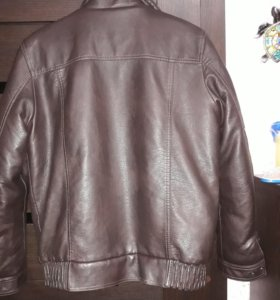 Кожаная куртка.50 размер.