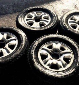 Колеса R17 5x150 шины Nokian 275 65 зима шипы