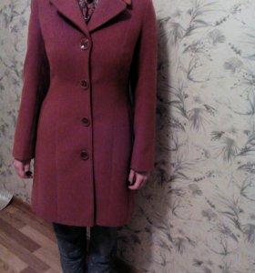 Пальто женское 44-46 р-р