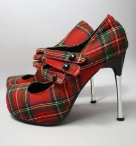 Туфли в шотландскую клетку