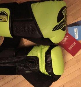 Боксерские перчатки hayabusa tokushu regenesis