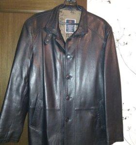 Кожаная куртка 52 размер