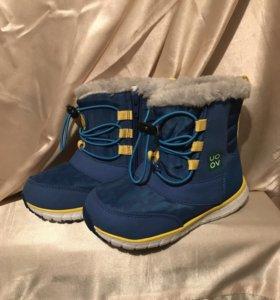 Новая зимняя детская обувь сапоги