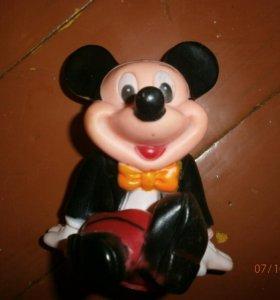 Игрушка Микки Маус