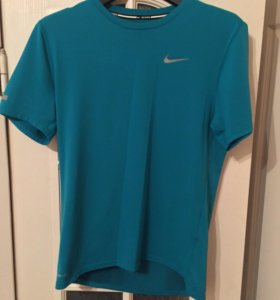 Мужская футболка Nike для бега и фитнеса