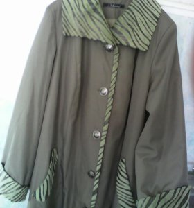 Плащ- пальто новое р 50-54