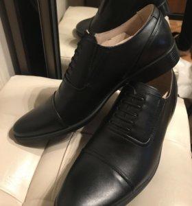 Новые мужские туфли кожаные