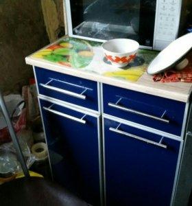 Кухонный гарнитур 1.80м