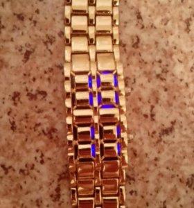 "Часы ""Samurai gold"""