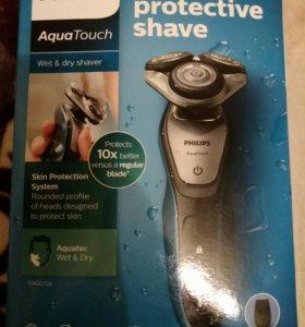 Электро бритва Philips Aqua Touch