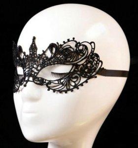 Ажурная маска для вечеринок