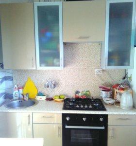 Встроенный кухонный гарнитур 2м в длинну
