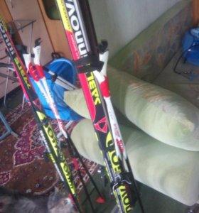 Лыжи 160 см+ палки