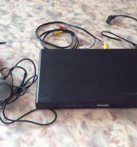 DVDплеер Philips3310к с микрофоном той же фирмы