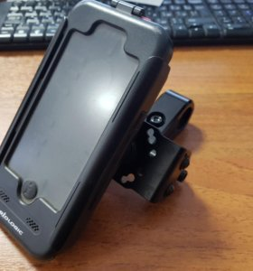 Чехол iPhone 5s на руль SW-Motech